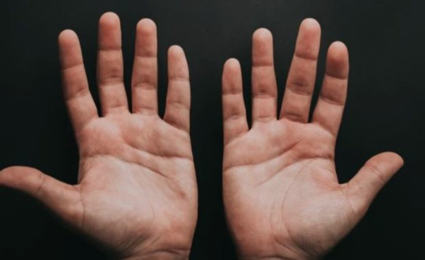 Palm Reading Love Line Hands